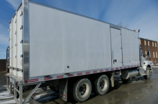 26' Arctik™ Truck body on Kenworth T880