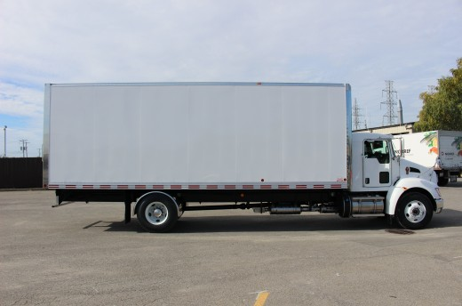 26' Classik™ Truck body on Kenworth T370