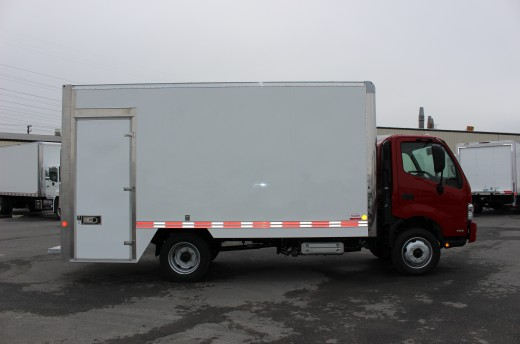16' Arctik™ Truck body on Hino 195