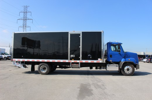26' Classik™ Truck body on Freightliner 108SD