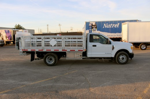 12' Flatbed on Ford F350