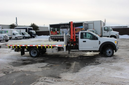 16' Flatbed on Ford F550