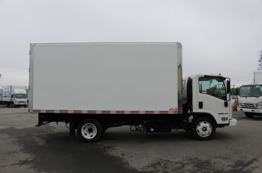 16' Arctik™ Truck body on Isuzu NRR