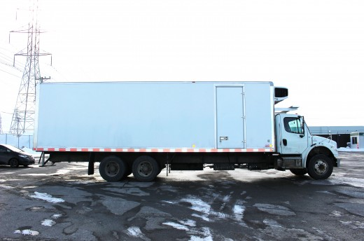 30.75' Classik™ Truck body on Freightliner M2-106
