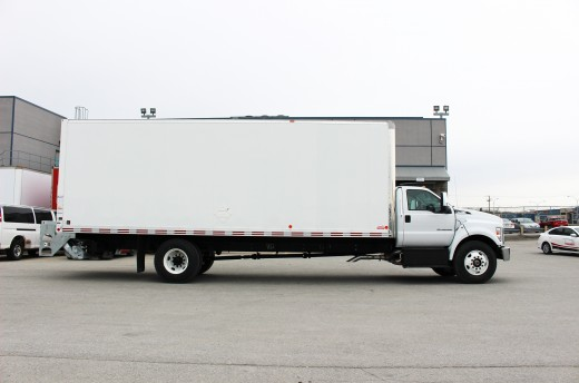 26' Classik™ Truck body on Ford F750