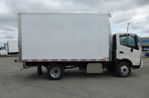 14' Arctik™ Truck body on Hino 195