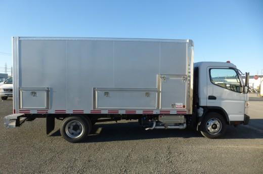 15' Classik™ Truck body on Fuso FE180