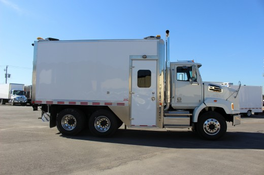 16' Classik™ Truck body on Western Star 4700