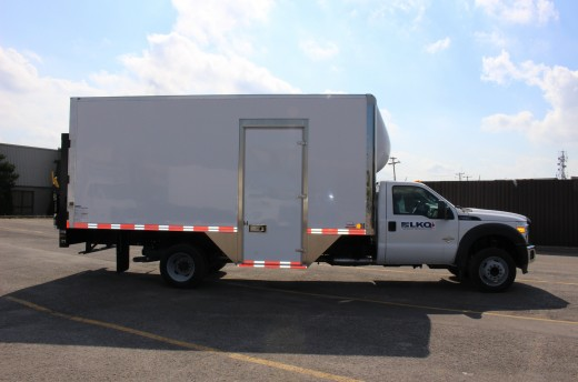 18' Classik™ Truck body on Ford F550
