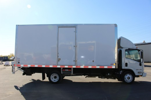 20' Classik™ Truck body on Isuzu NPR
