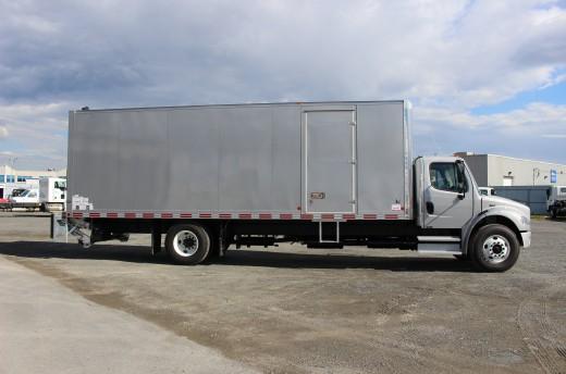 Boîte Classikᴹᴰ 26' sur Freightliner M2