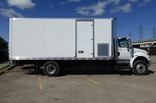 22' Classik™ Truck body on International 4300