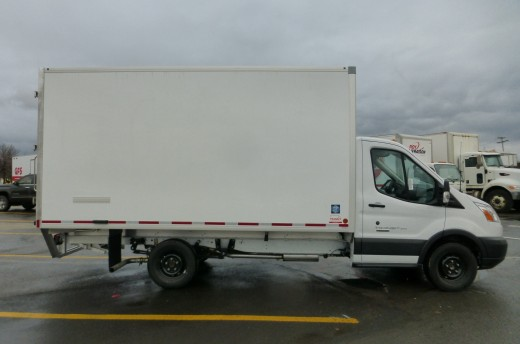 14' Frio™ Truck body on Ford T350