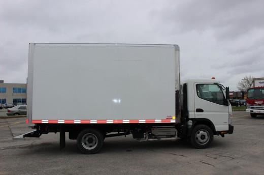 14' Classik™ Truck body on Fuso FE160