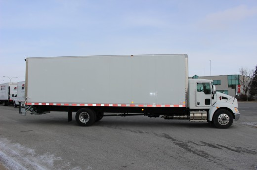29' Classik™ Truck body on Kenworth T170