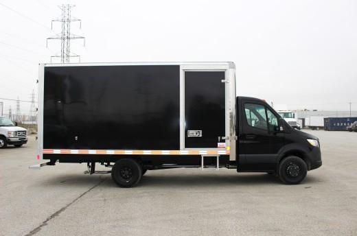 16' Classik™ Truck body on Mercedes-Benz Sprinter