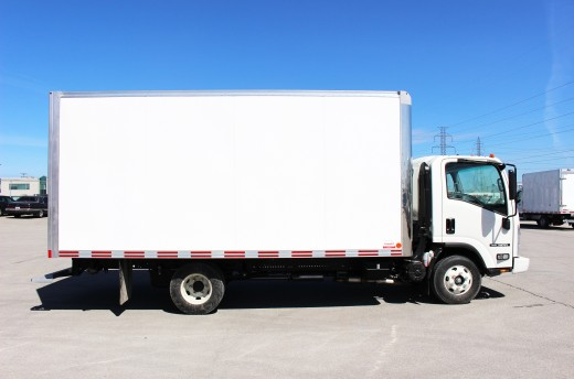 16' Classik™ Truck body on Isuzu NPR