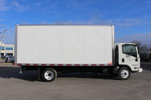 18' Classik™ Truck body on Isuzu NPR