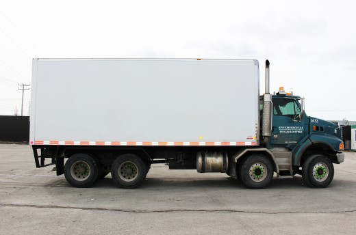 22' Classik™ Truck body on Sterling Trucks STE