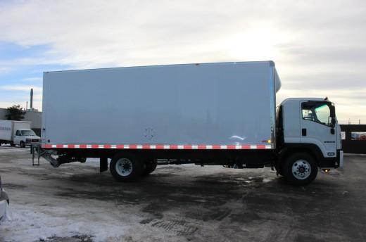 26' Classik™ Truck body on Isuzu FTR