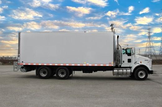 26' Classik™ Truck body on Kenworth T800