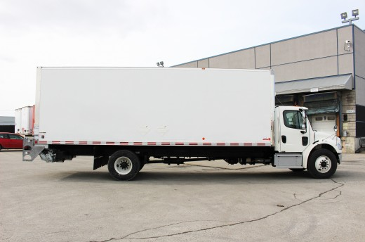 26' Classik™ Truck body on Freightliner M2-106