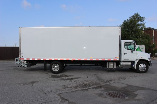 26' Classik™ Truck body on Hino 358