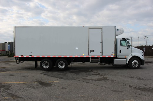 28' Arctik™ Truck body on International 8600