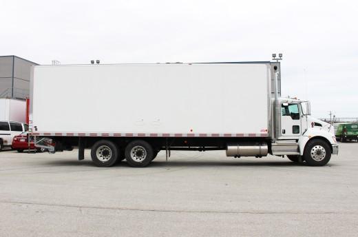 30' Classik™ Truck body on Kenworth T370