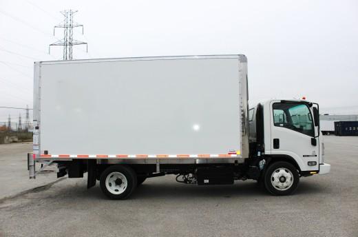 16' Classik™ Truck body on Isuzu NRR