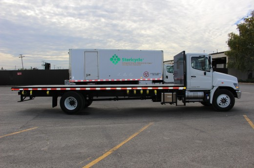 26' Flatbed on Hino 358