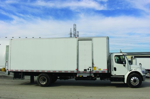 26' X-Treme™ Truck body on Freightliner M2-106