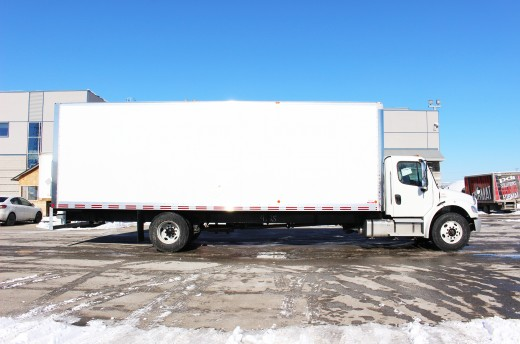 28' X-Treme™ Truck body on Freightliner M2-106
