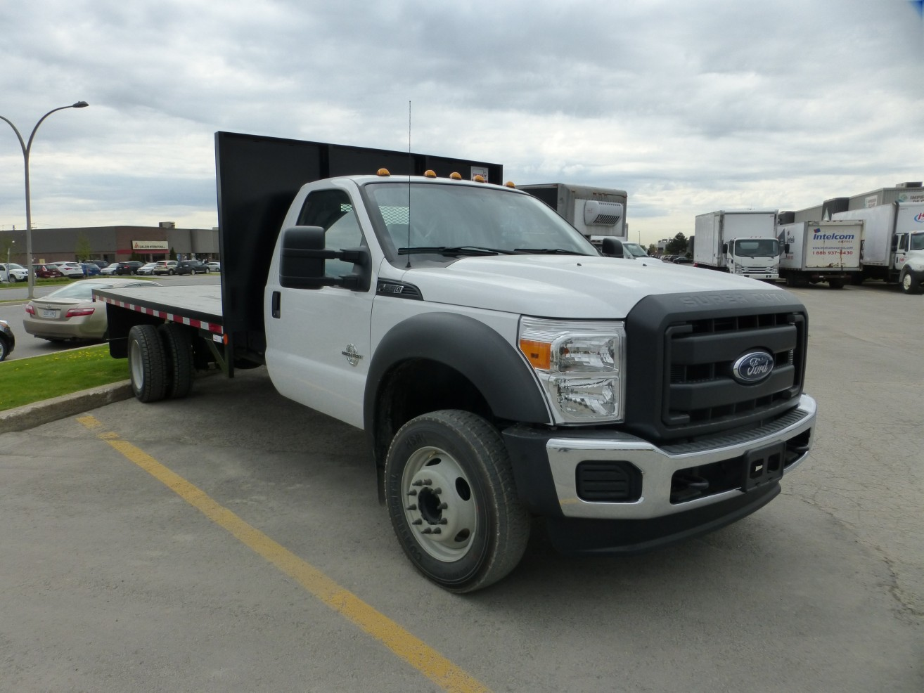 16 Flatbed On Ford F550 Transit